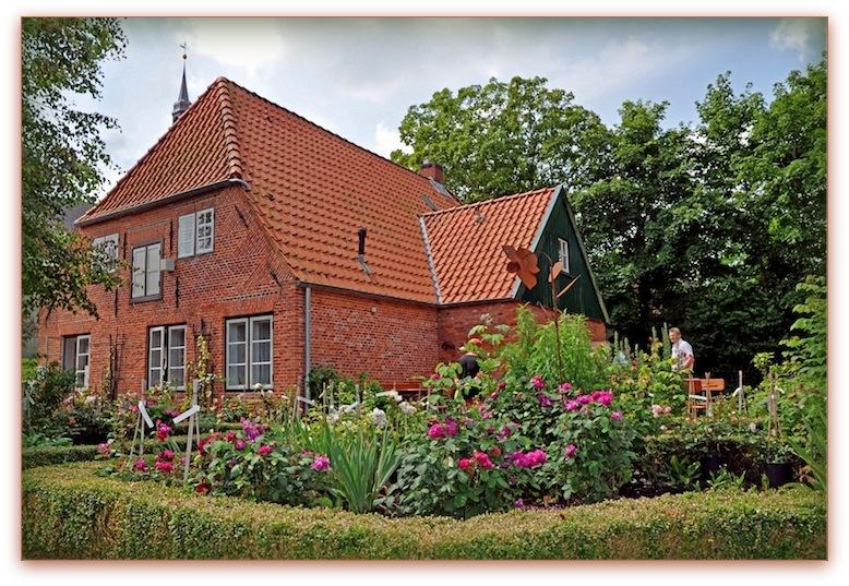 Haus Peters mit seinem Bauerngarten, Foto: Dr. Katrin Schäfer